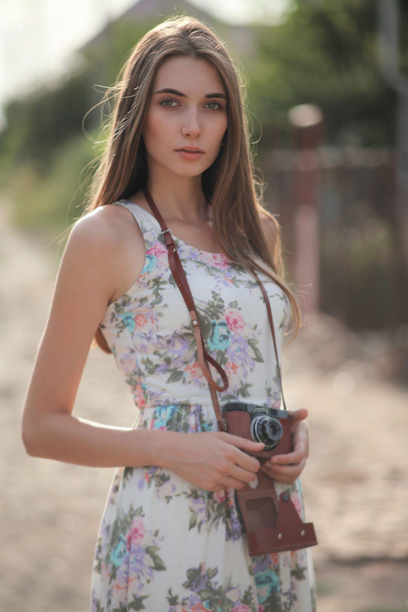 Canon Ef 135 Mm F 2 8 Soft Focus Fashion Photo Fashion Human Figure