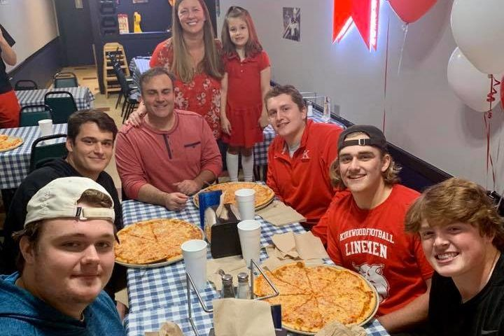 Pizzeria Hosts Inaugural PizzaEating Contest Before