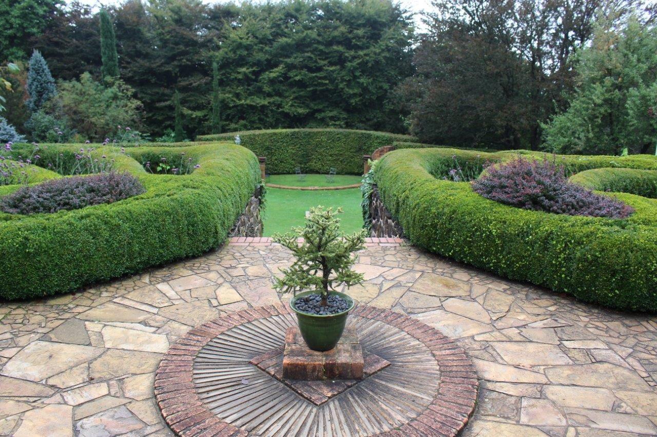 Cloudehill Gardens