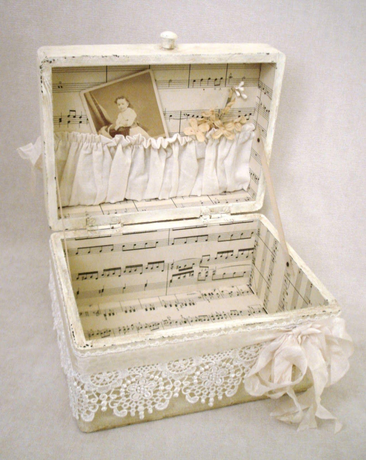 A finished treasure box decoupage pinterest cajas - Cajas de zapatos decoradas ...