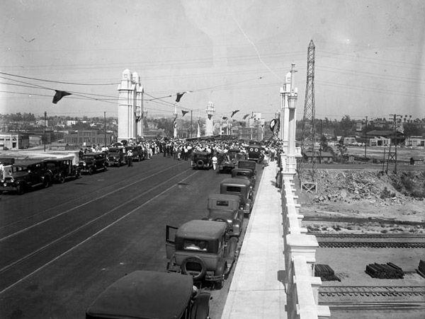 A Brief History Of Bridges In Los Angeles County Art District Los Angeles History Of Bridges Ferry Building San Francisco