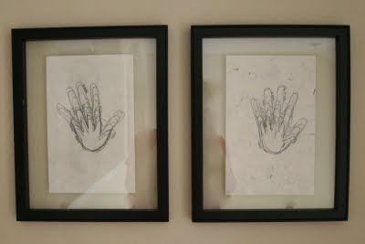 Handprint growth charts