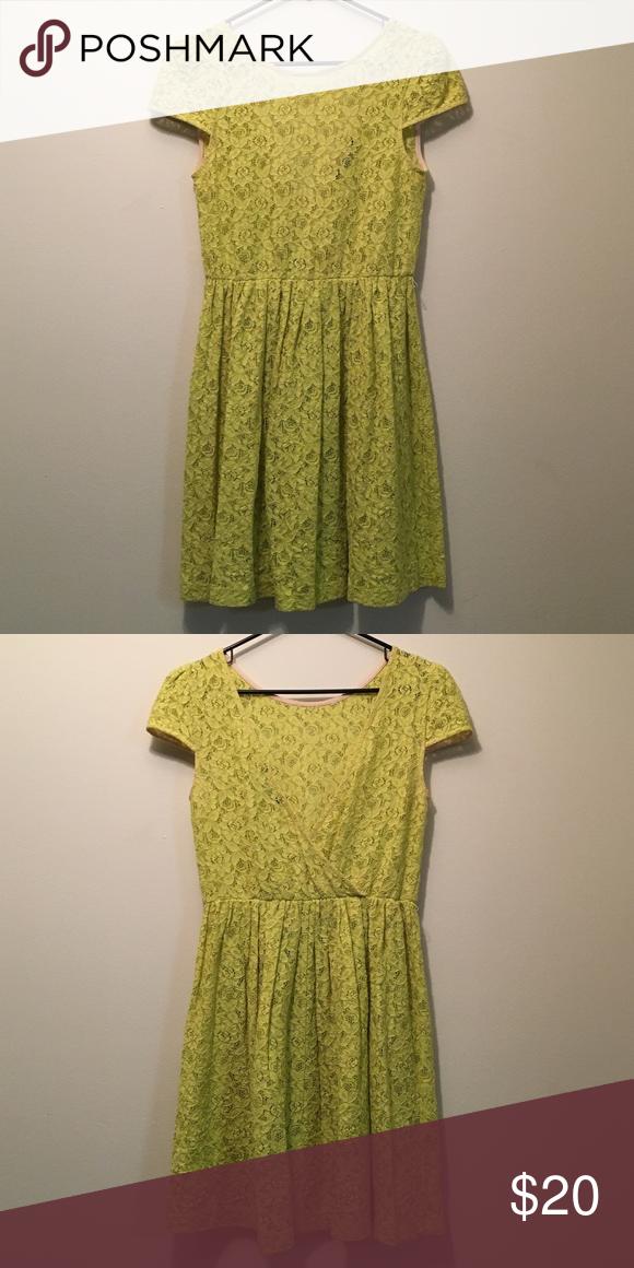 Zara Lace Dress with Low Cut Back Zara Lace Dress with Low Cut Back - SMALL - Dress is see through Zara Dresses Mini