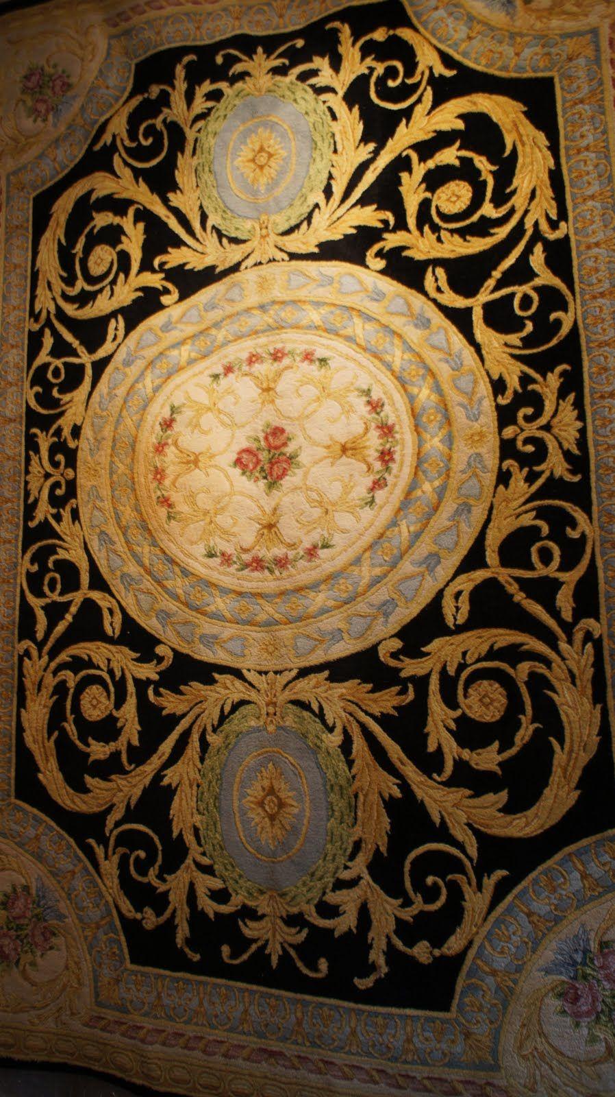 Une Savonnerie Francaise Xviii Eme Siecle Hotel Carpet Rugs On Carpet Persian Rug