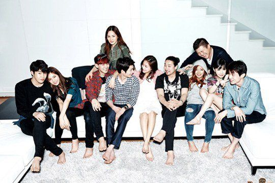 Roommate Is A Reality Show Observing Top Stars Living In One House Taking Motive From The Recent Trend Among You Korean Tv Shows Roommate Korean Variety Shows