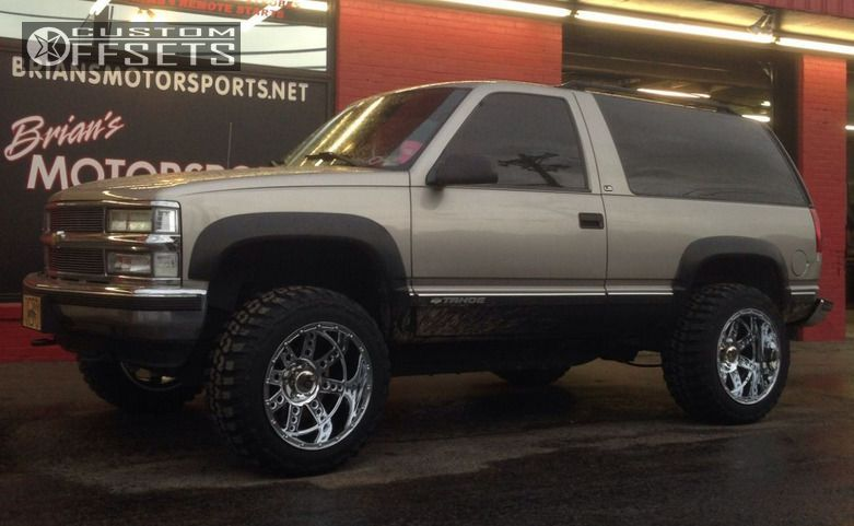 7855 1 1999 tahoe chevrolet body lift 3 xd diesel chrome super aggressive 3.jpg
