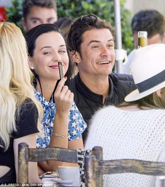 Katy And Orlando Out To Lunch At Le Colmobe D Oe In The South Of