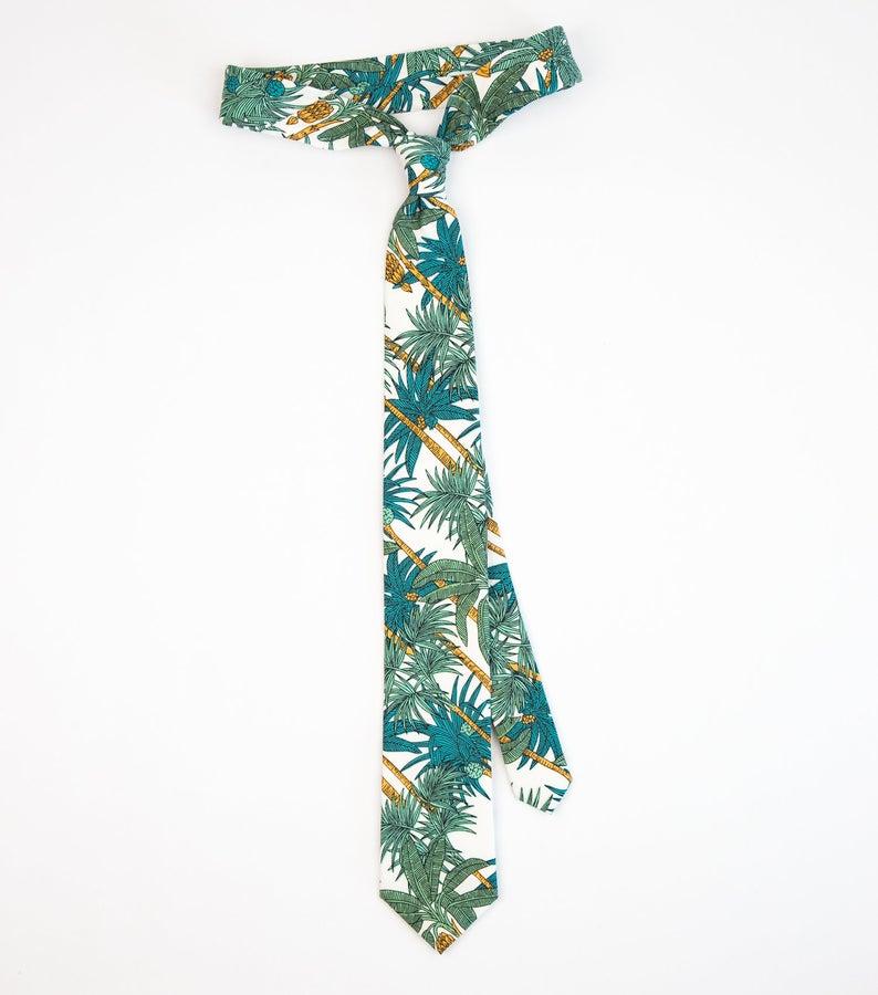 Tropical hawaii tie, White green Hawaiian beach wedding