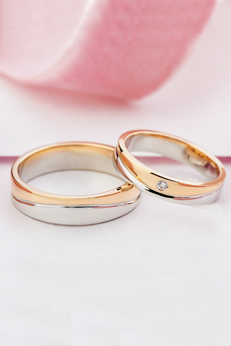 Two Tone Wedding Bands With Diamond His And Hers Wedding Etsy Wedding Rings Sets His And Hers Metal Wedding Bands Diamond Engagement Ring Set