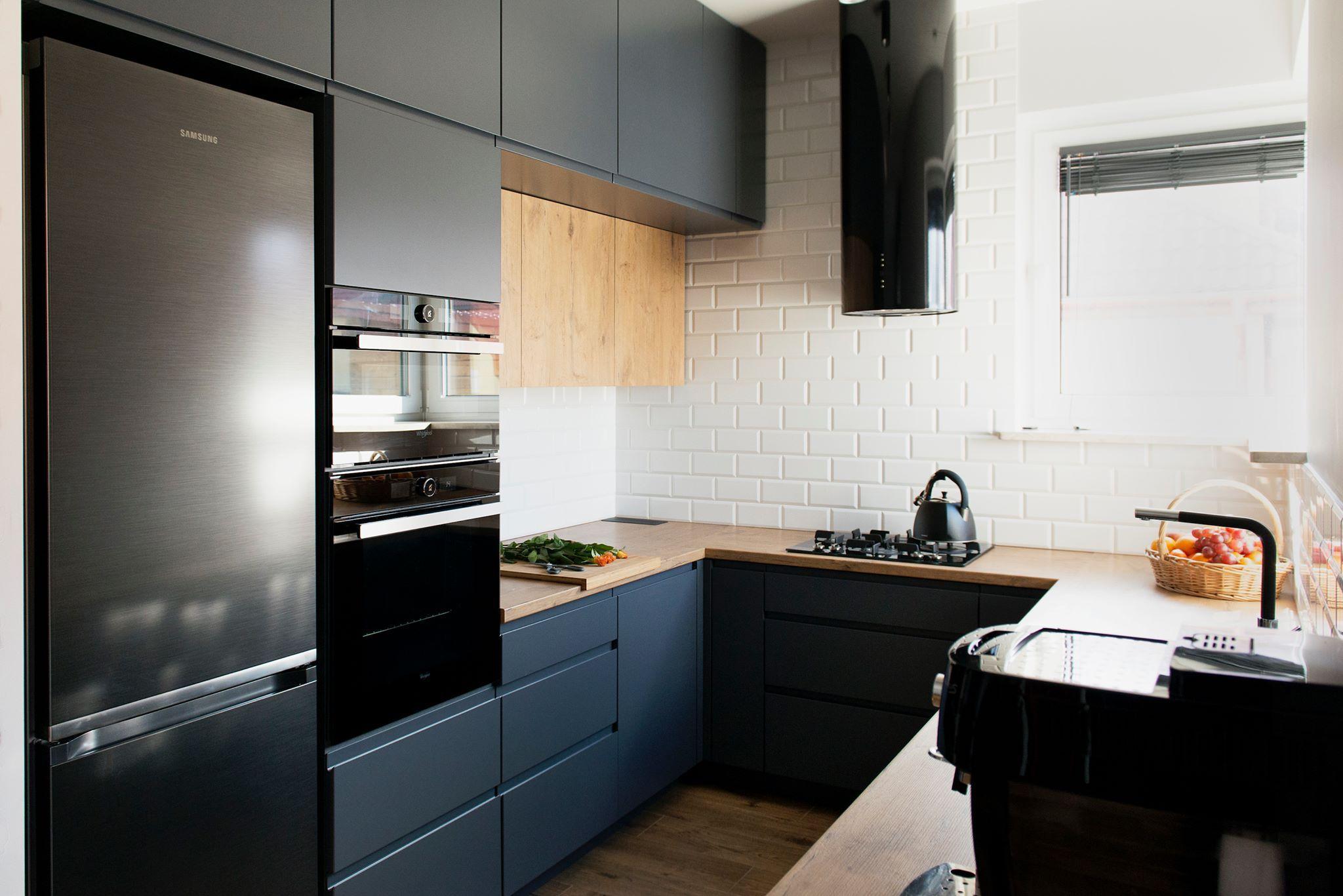 Okap Kominowy Cylindro Or Black Nortberg In 2021 Modern Kitchen Kitchen Design Minimalist Apartment Decor