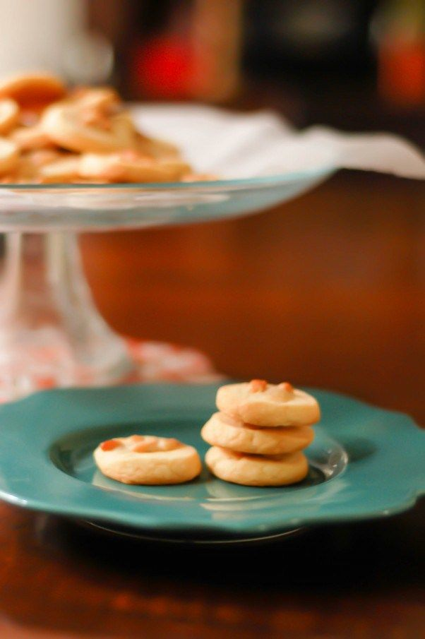 Rosemary Pine Nut Cookies. Nutty, buttery, herbaceous ...
