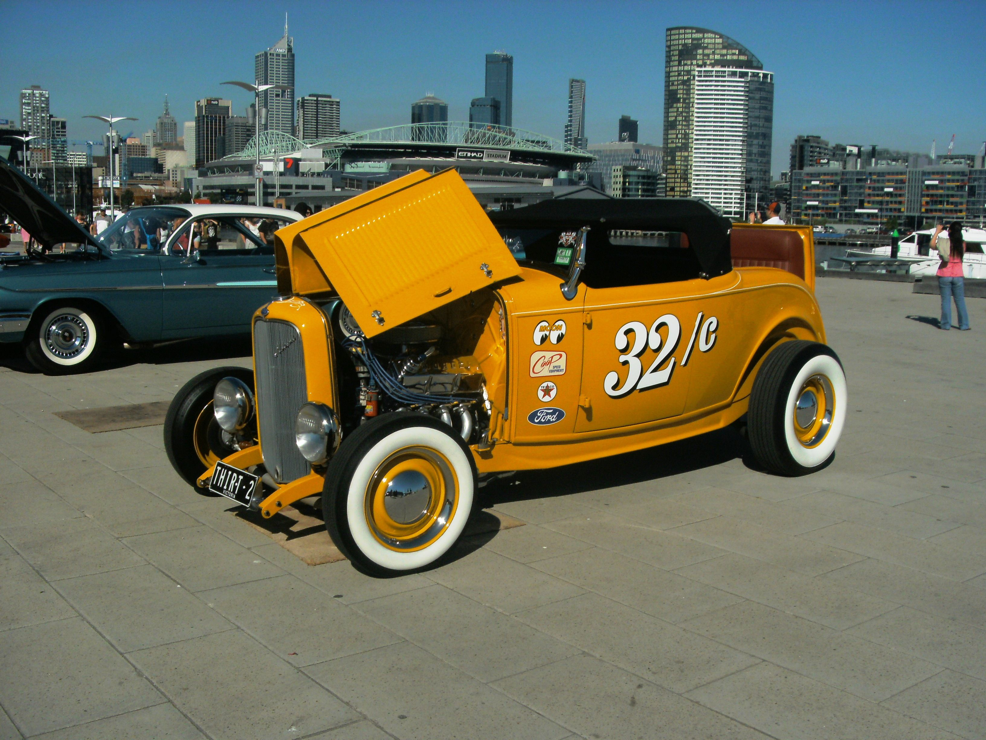 Ford old classic car | 16000 Classic & Collector Car Pictures ...