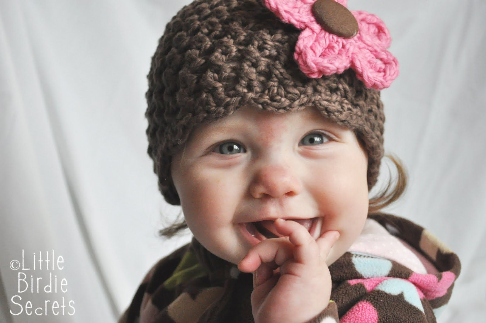 Little birdie secrets new baby hat and bootie patterns in the my new baby cloche thats just a fancy word for a snug fitting hat and booties crochet patterns are in the shop i am completely in lov bankloansurffo Choice Image