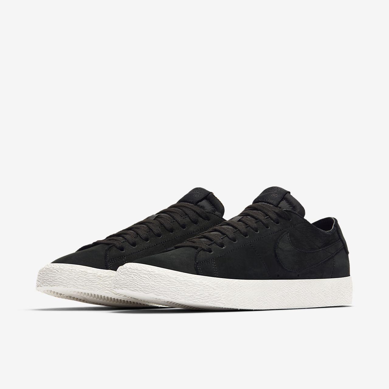 Nike Air Shox Gravity Boutique de Chaussure Baskets Site Officiel Pas cher Homme Noir Or 1903231003 Baskets Nike boutique française