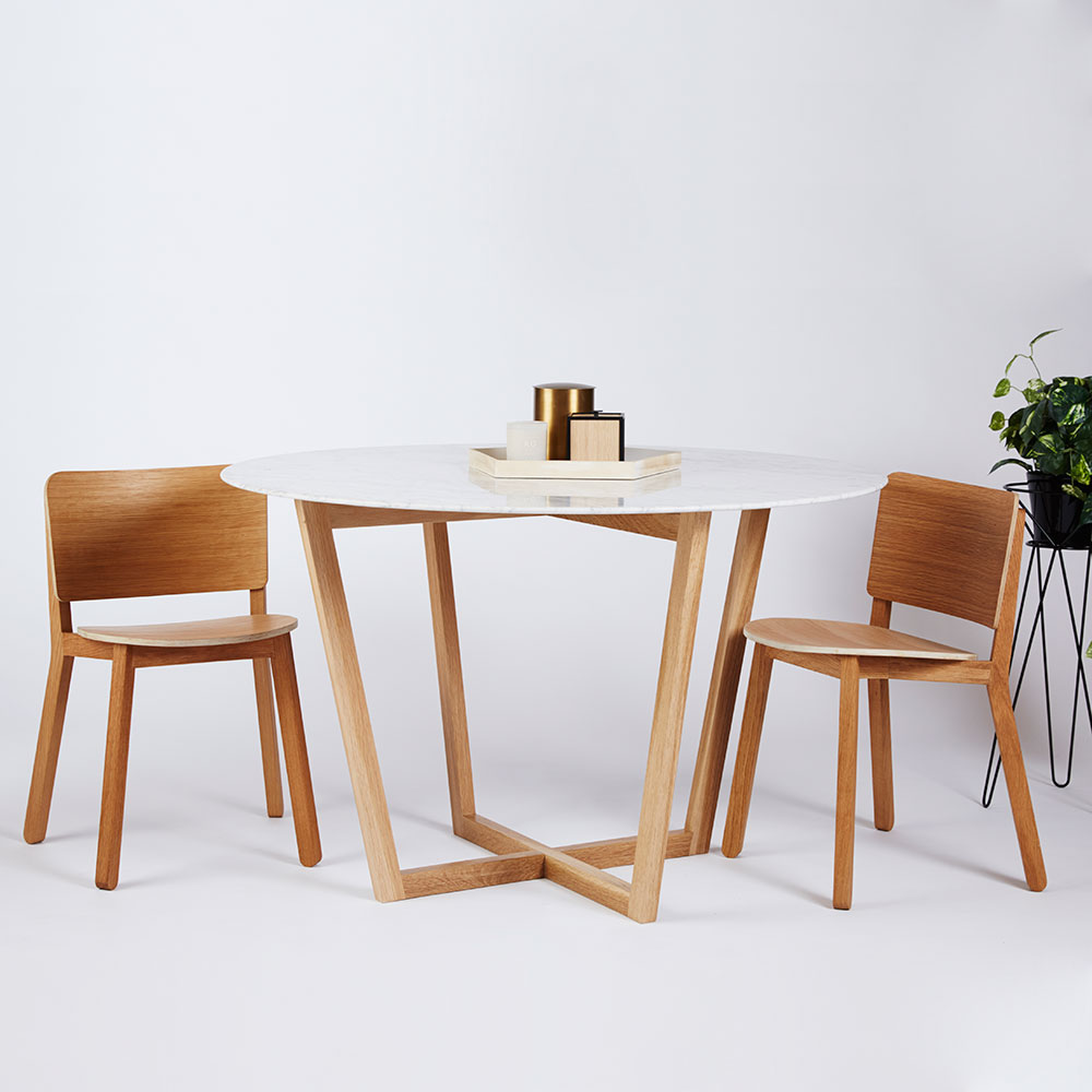 Contemporary Round Dining Room Sets: This Modern And Contemporary Round Dining Table Is Part Of