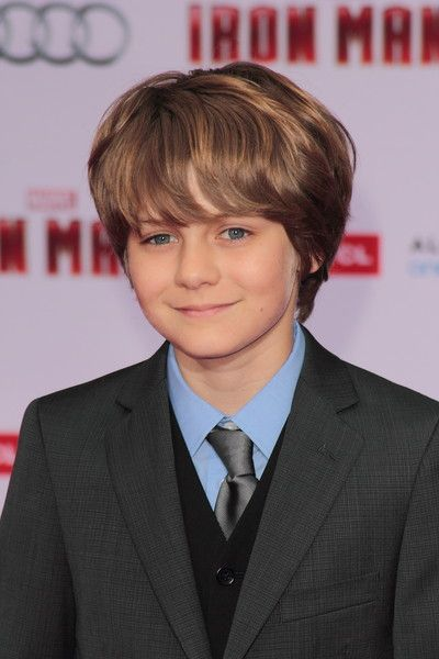 Simpkins Going To Jurassic World - Continuing his streak of high-profile work, Ty Simpkins (Insidious: Chapter 2, Iron Man 3) has scored a lead role in Jurassic World. No word on the specifics of his role, however. Simpkins will star opposite Bryce Dallas Howard, who booked the female lead in September. Colin Trevorrow is...