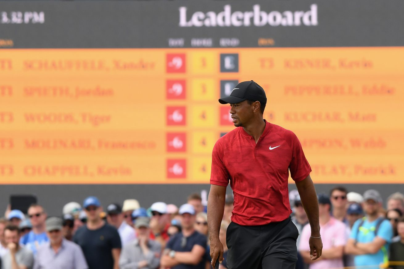 Its Happening Tiger Woods Is Charging Up The Open