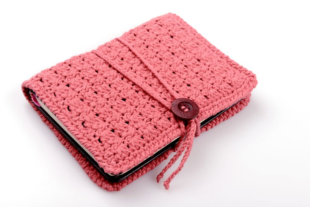 Book Cover Forros : Crochet book cover pinterest croché