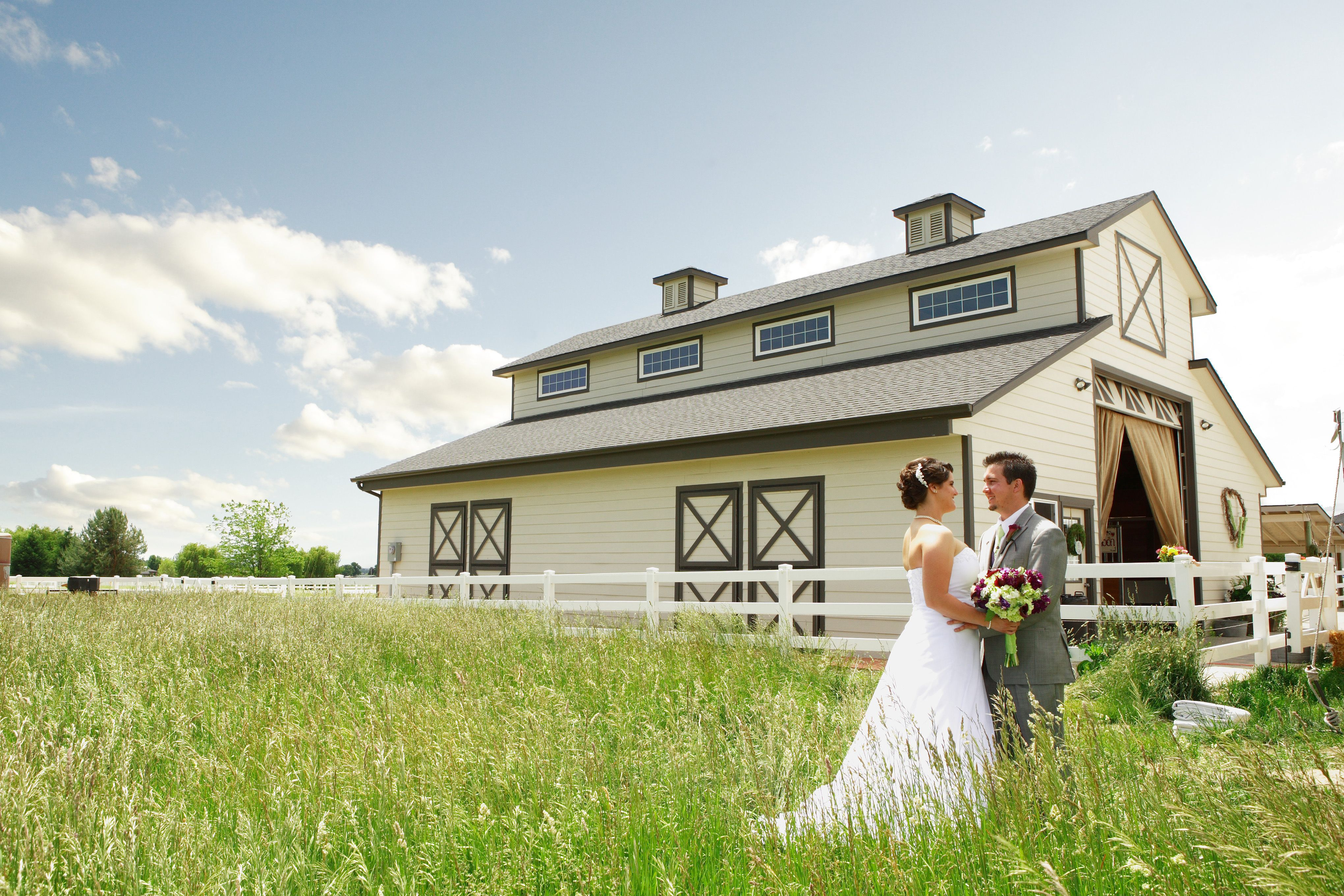 Take Advantage Of The Beautiful Scenery For Spectacular Wedding Photos When You Have Venues Outside
