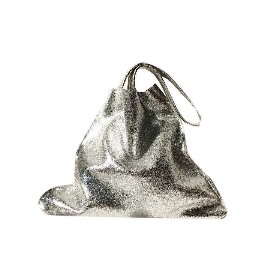 jessicabuurman :HAVIO Oversized Leather Tote Bag. Shop