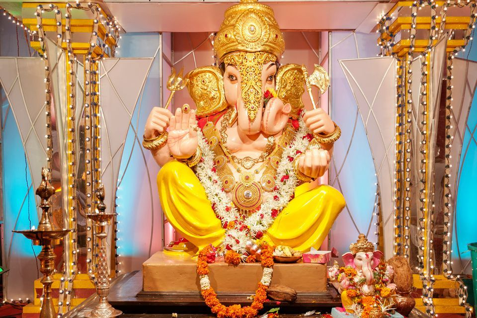 There I Vibrancy In The Air While Welcoming Ganesh Ji Our Home It A 10 Day Long Fun Filled Chaturthi Fe Lord Ganesha Janmashtami Wishe Essay On