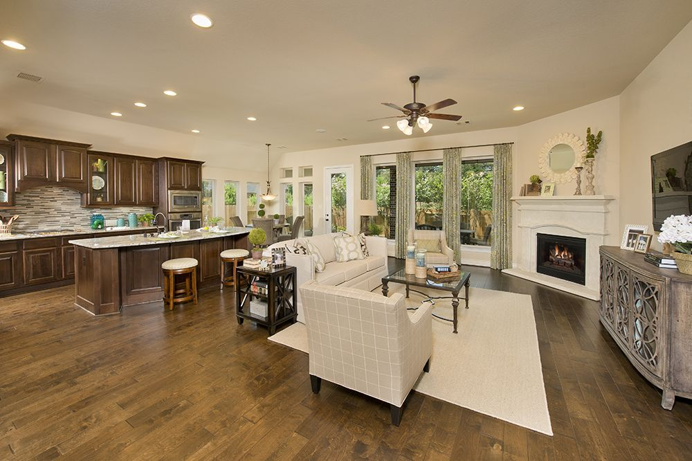 Perry Homes - Jacobs Reserve Model Home - Design 2395W - Kitchen ...