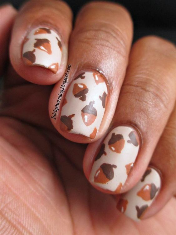 acorn nails for fall and Thanksgiving | Fall | Pinterest ...