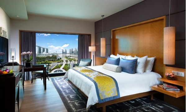 Luxury Hotel With Marina Bay Sands View Singapore Wallpaper Bedroom Interior Hotel Bedroom Design Beautiful Bedrooms
