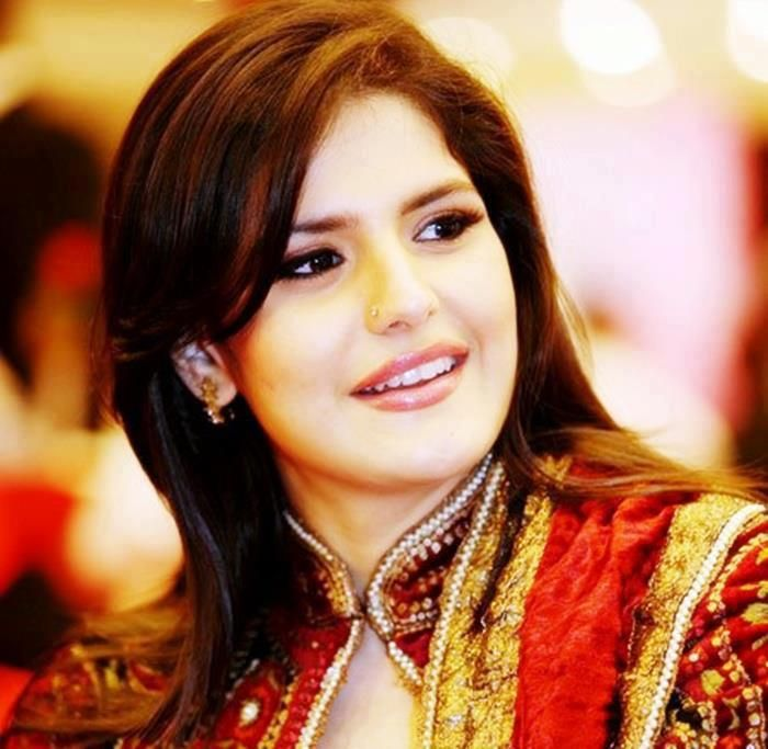 Zareen Khan Hd Wallpapers Free Download Zarine Khan Actresses