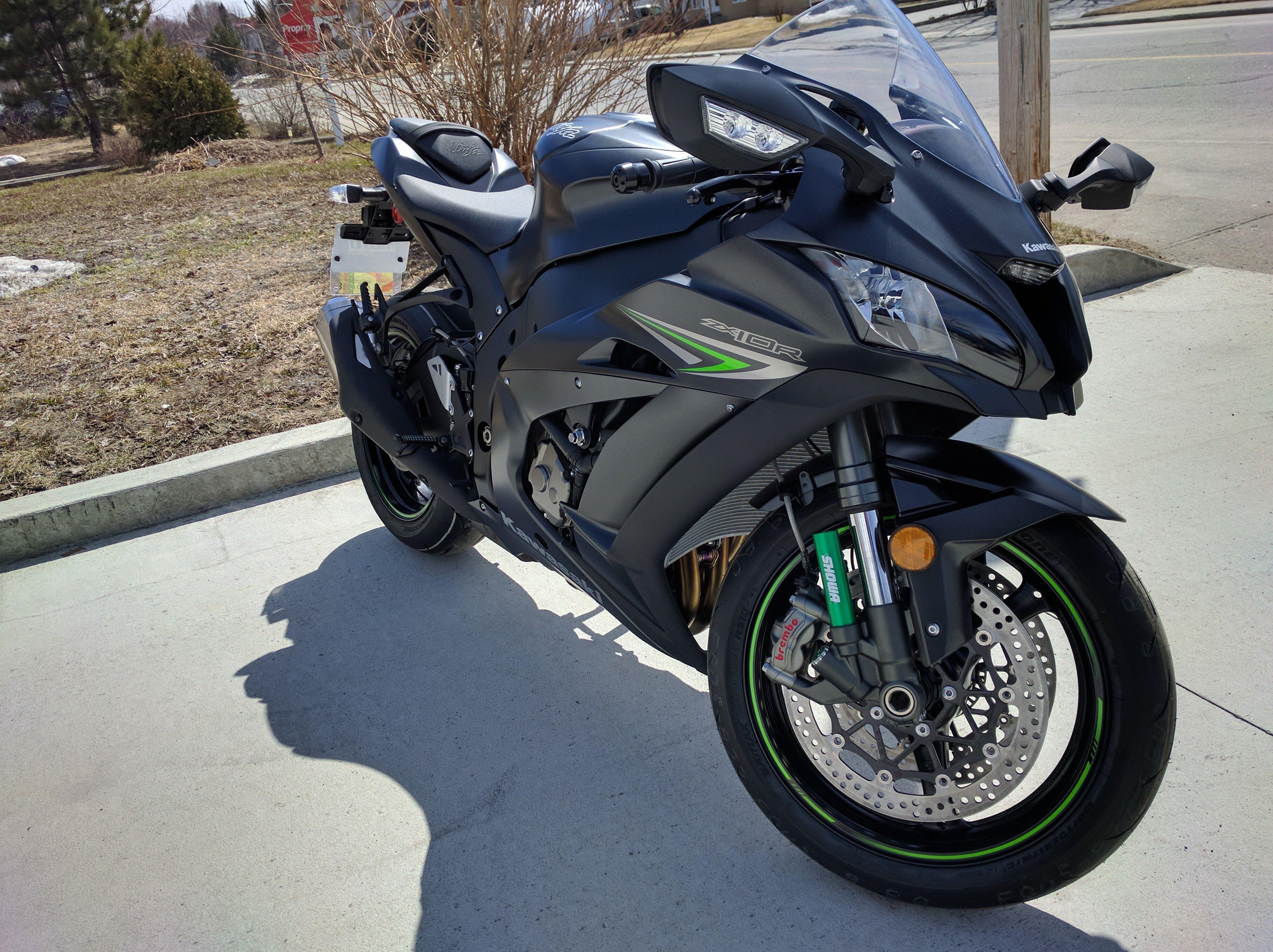 Kawasaki ZX10R Matte Black