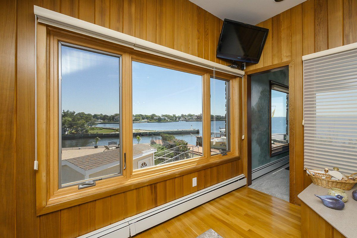 Large Amazing Casement And Picture Window Combination We Installed On The South Shore Of Long Island Home Remodeling Remodeling Renovation Remodel