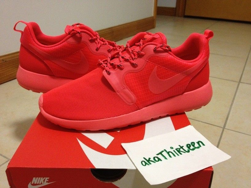 23445abeee3 ... Two Yee DS Nike Roshe Run Hyp Laser Crimson rosherun FB air yeezy red  october leopard ...