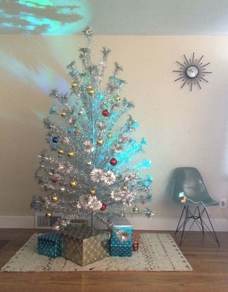 Christmas Color Wheel 2 0 Vintage Inspired Aluminum Christmas Tree