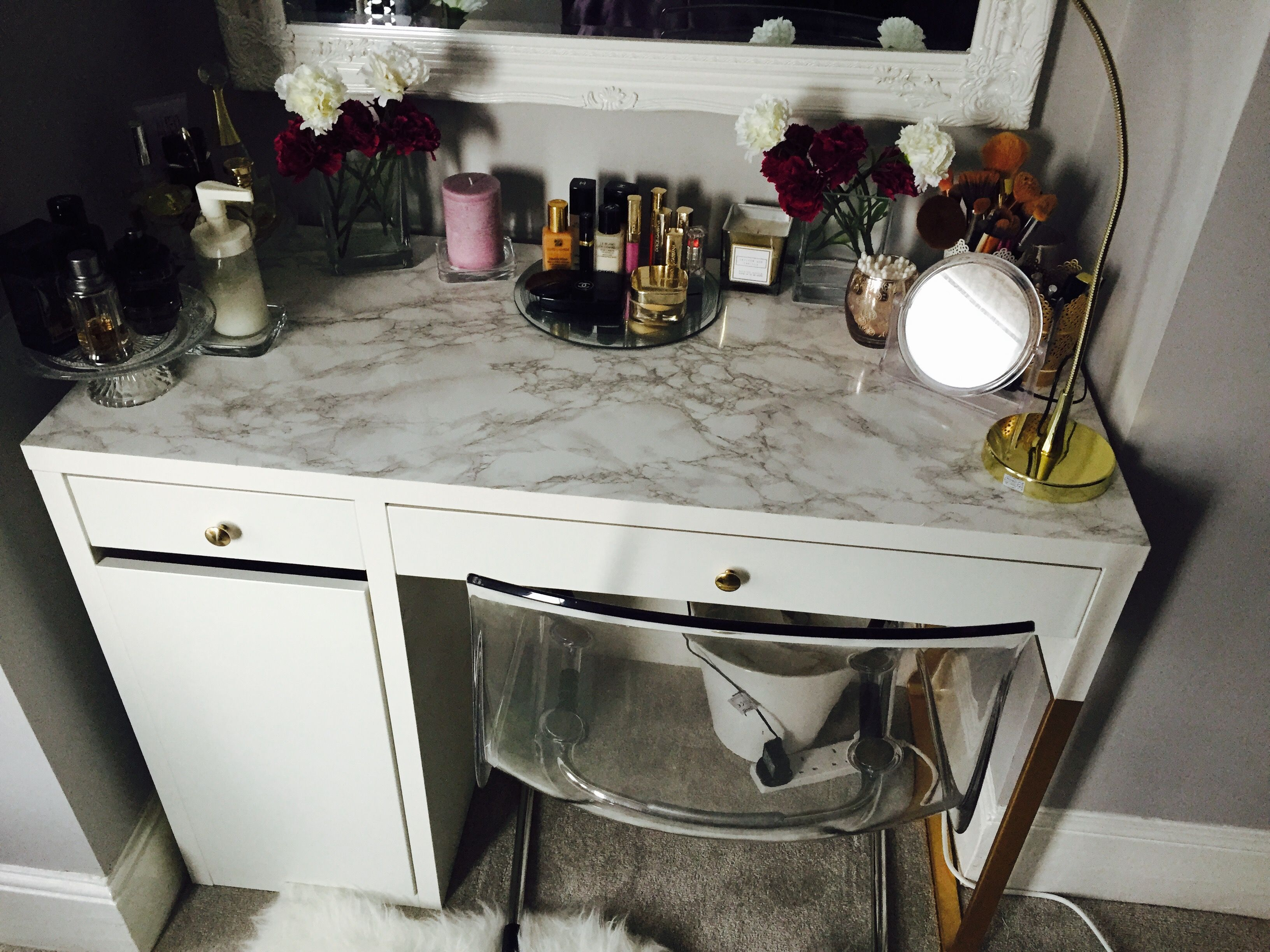 Micke Desk Vanity Marble Gold Hack Micke Desk Vanity Desk Desk Makeover Diy