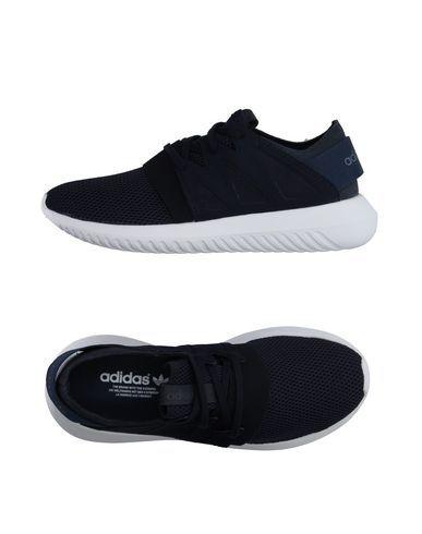 ADIDAS ORIGINALS Low-Tops. #adidasoriginals #shoes #low-tops