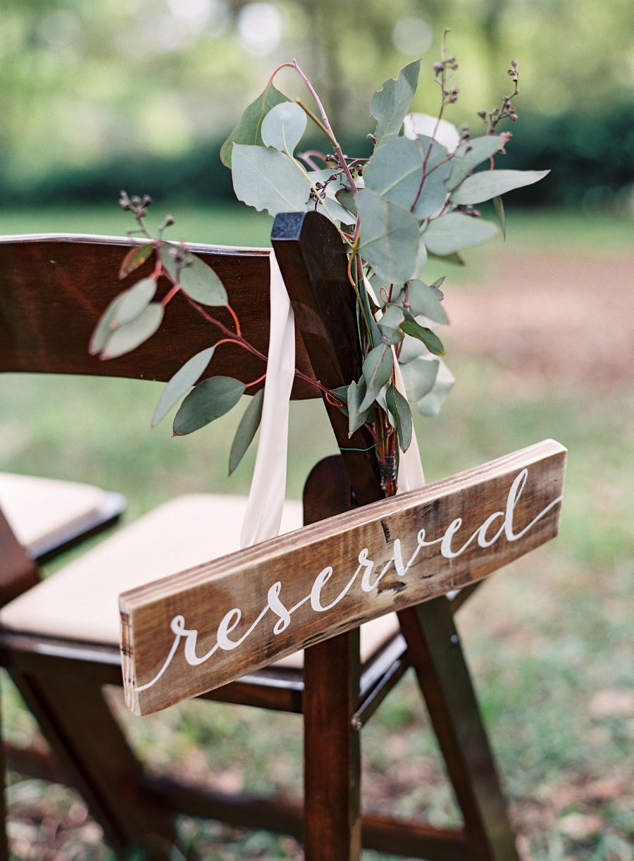 Photography: Lauren Peele - Venue: Bowing Oaks Plantation - Event Coordination: First Coast Weddings…