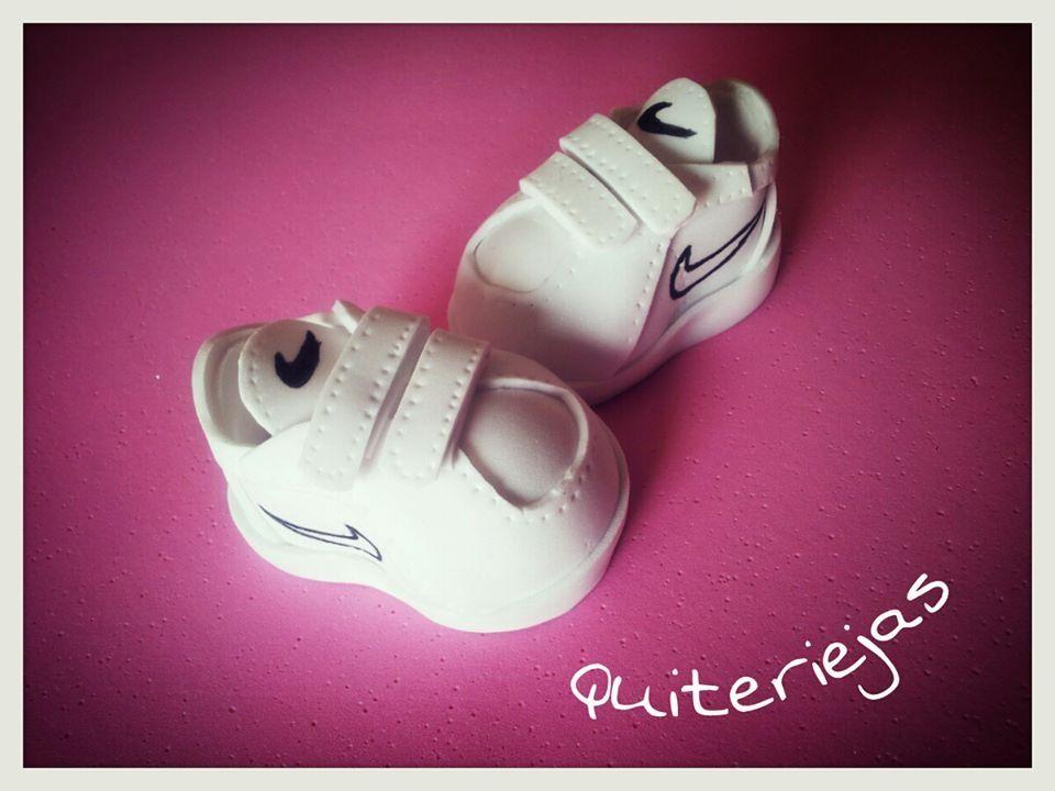 little boy Nike sneakers for idea | Zapatos goma eva