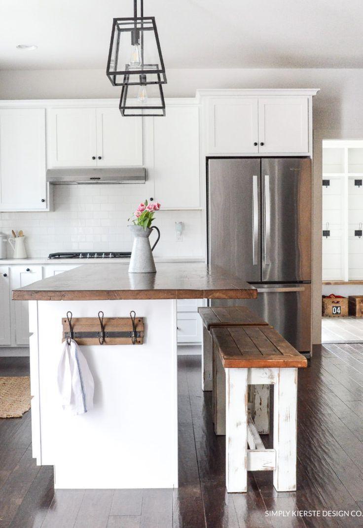 Farmhouse DIY Kitchen Benches