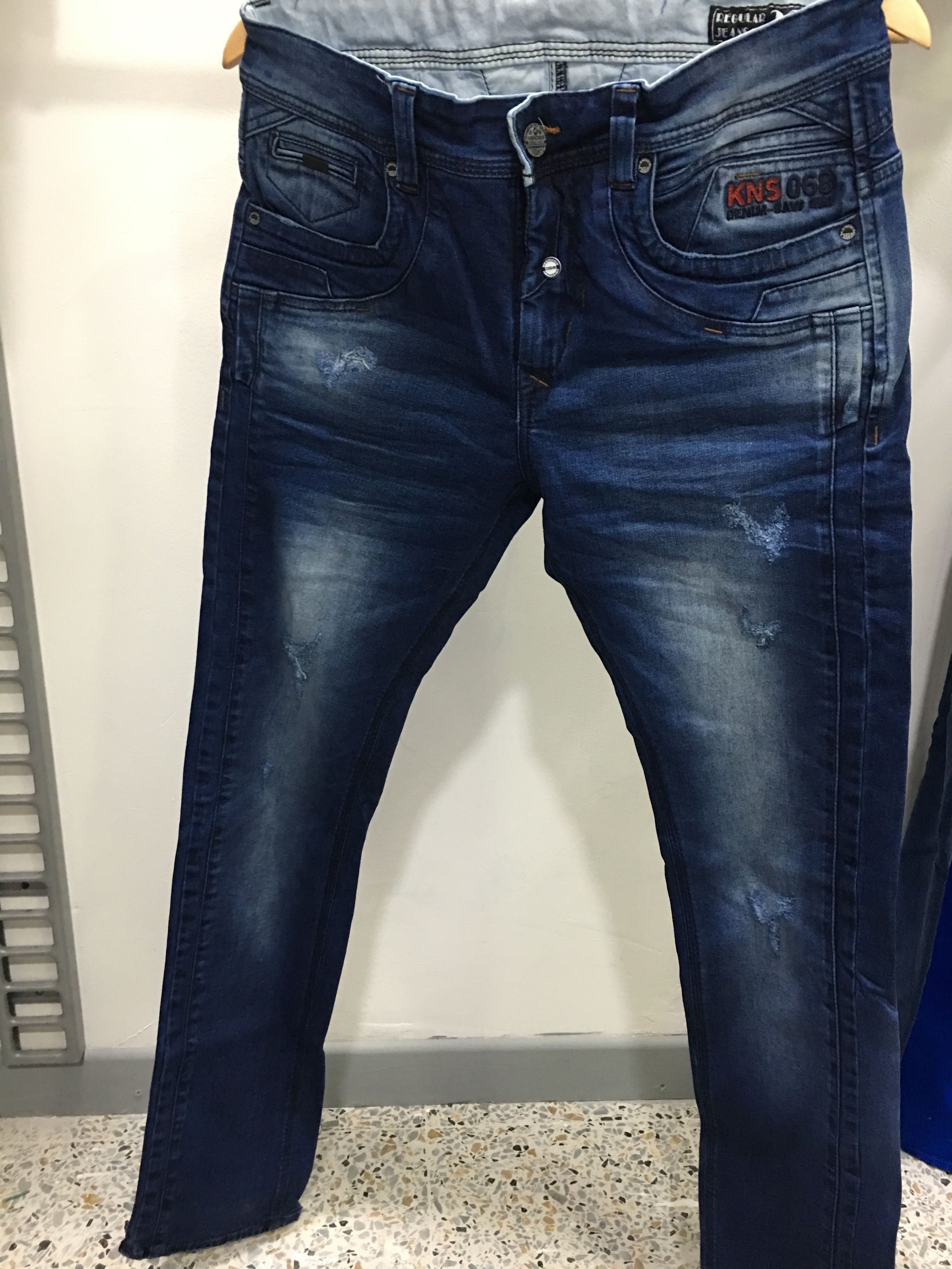 Pin De Ongart Arkaramateepan En Deta L Pantalones De Hombre Jeans Hombre Pantalones