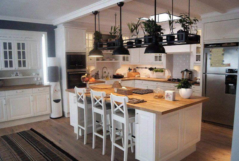 Biała Kuchnia Z Wyspą Inspiracja Homesquare Kuchnia W