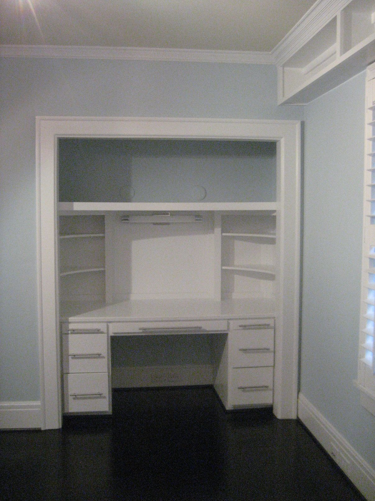 Childs bedroom closet turned into desk home office