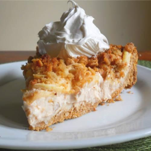 Apple Crisp Cheesecake   Made Just Right by Earth Balance #vegan #earthbalance #recipe