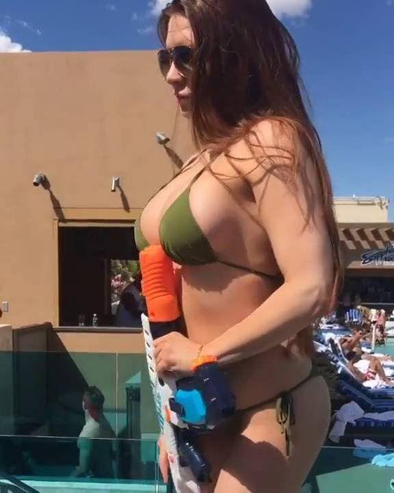 Girls gone wild naked blowjobs