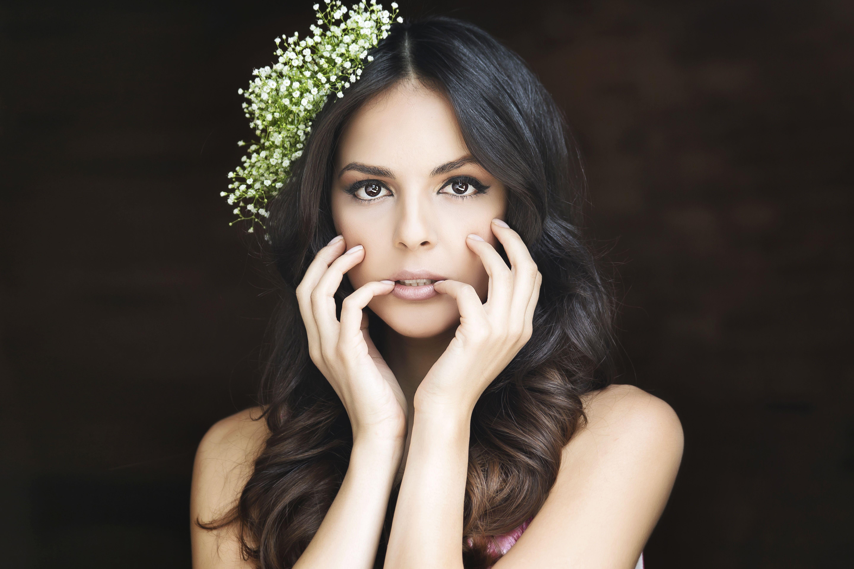 Shani Atias | Beauty, Crown jewelry, Fashion
