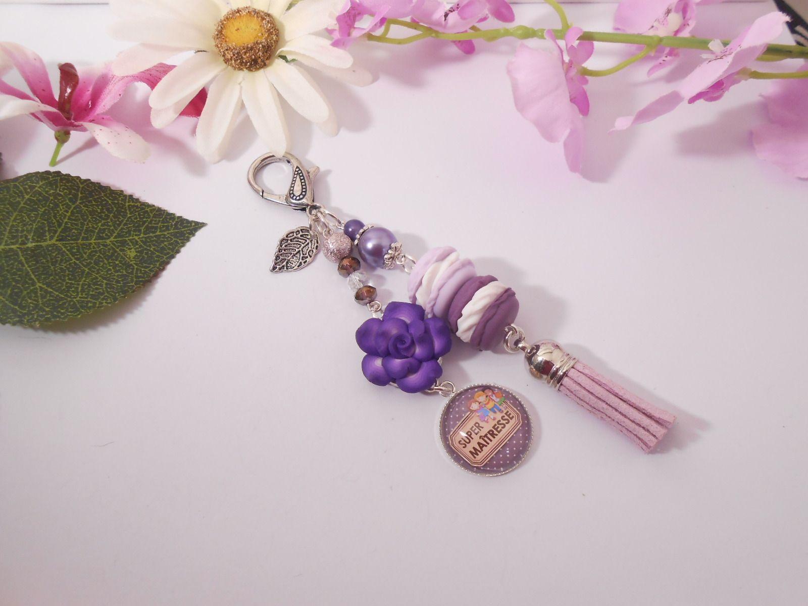 """Bijou de sacs """"super maitresse' duo de macarons et fleur en fimo : Autres bijoux par lili-gourmandise"""