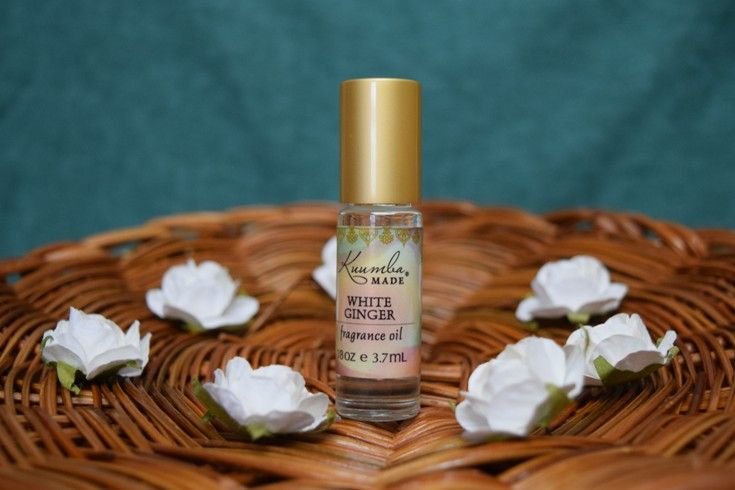 This Slightly Sweet Spicy Scent Of White Ginger Flowers Awakens The Senses This Delicate White Ginger Fragrance Sings Of Floral Scent Kuumba Made Ginger Oil