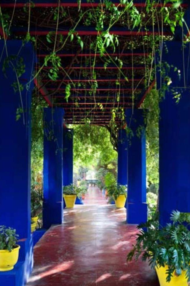 Jardin De Majorelle حديقة ماجوريل Moroccan Garden Marrakech Beautiful Places