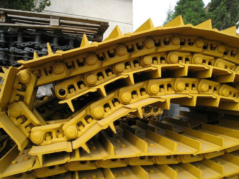 Track Group for Excavators and Bulldozers, Track Link Shoe
