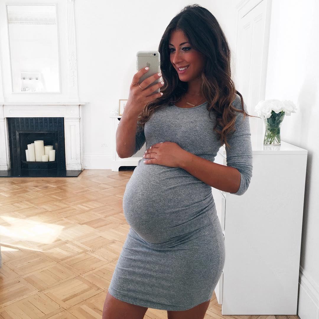 Mimi Ikonn Pregnancy Style, Mimi Ikonn Maternity Style, Mimi Ikonn Pregnant, 37 Weeks, Pregnant, Grey Dress, London.