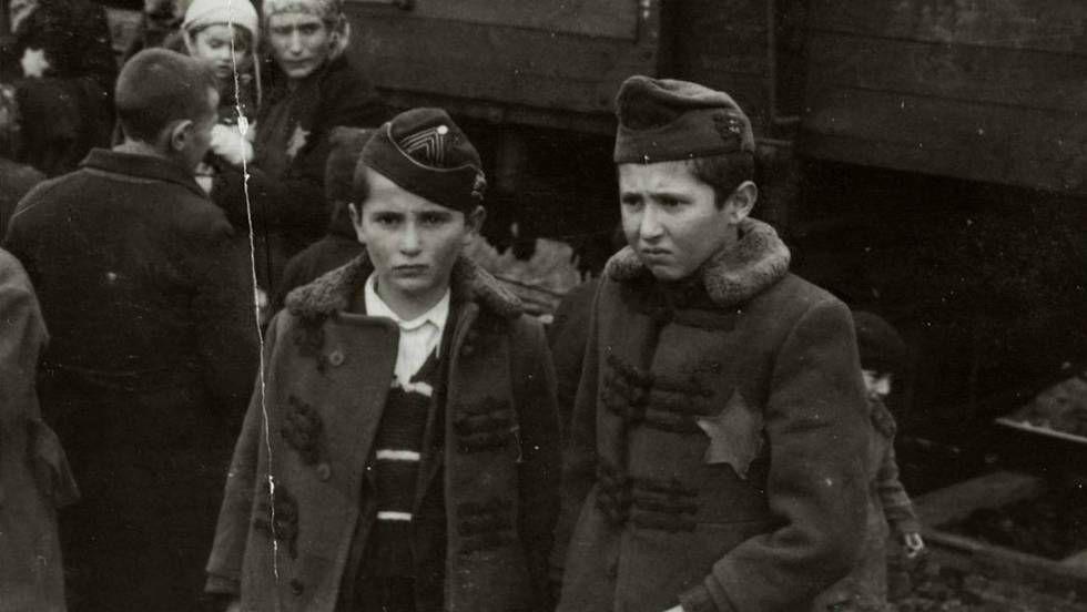 Las fotos de los SS que reflejan el horror cotidiano de Auschwitz | Blog Mundo Global | EL PAÍS